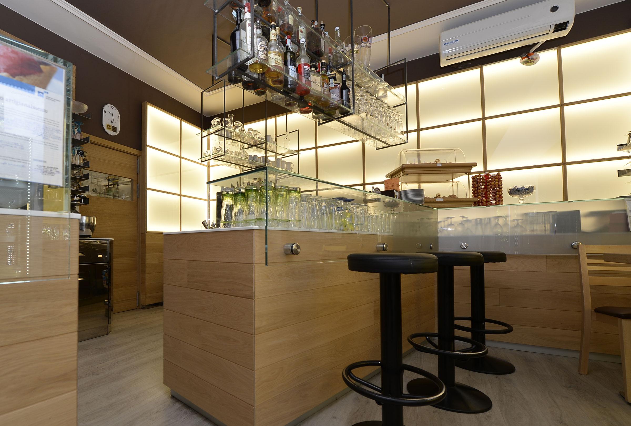 Arredamento gelateria u2013 caffetteria u201csaderu201d lana bz